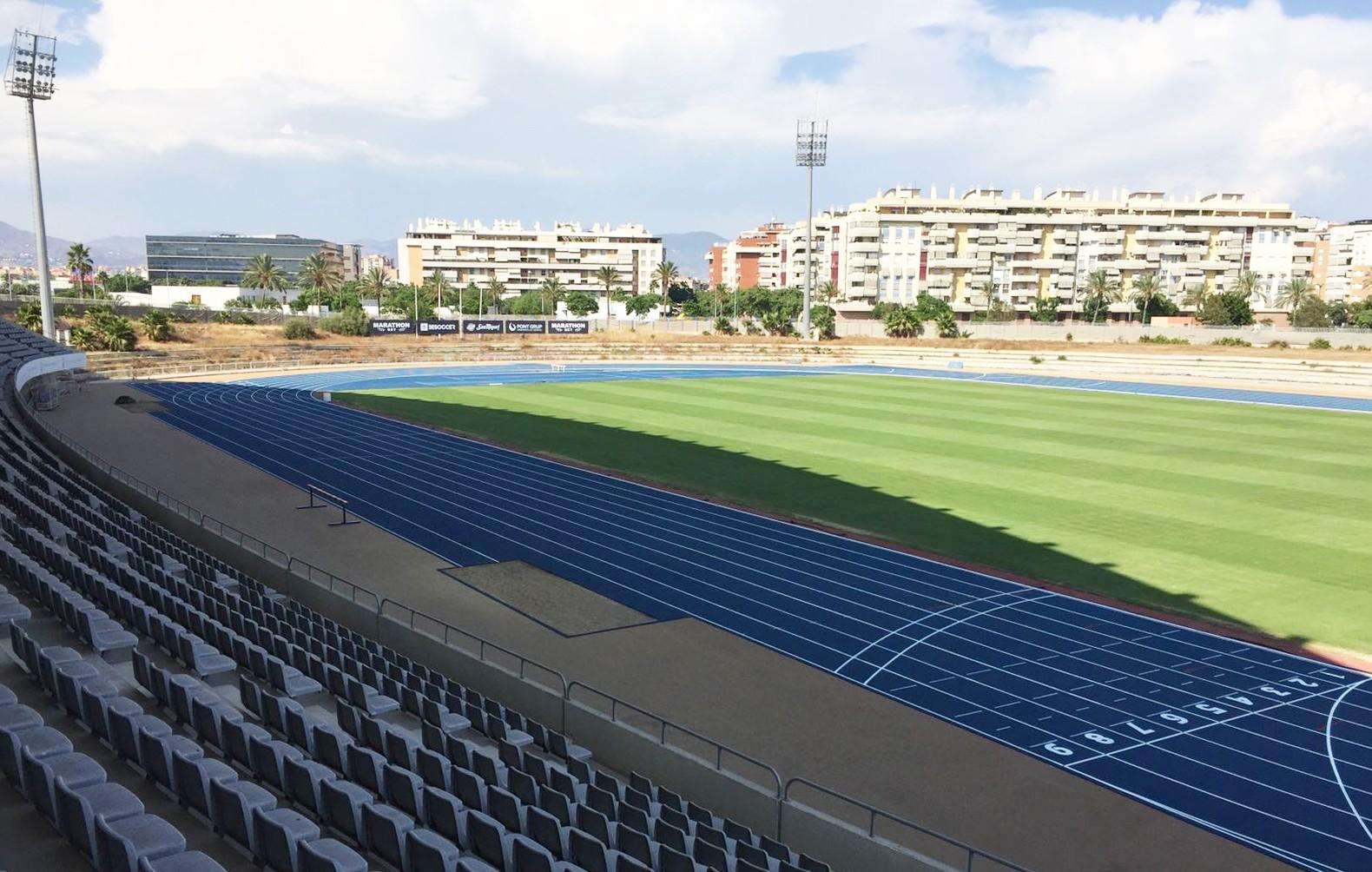 Estadio de Atletismo 'Ciudad de Málaga', equipado con Sportflex Super X 720.